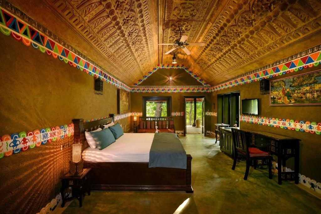 Syna Tiger Resort Bandhavgarh Theme Based Cottage1
