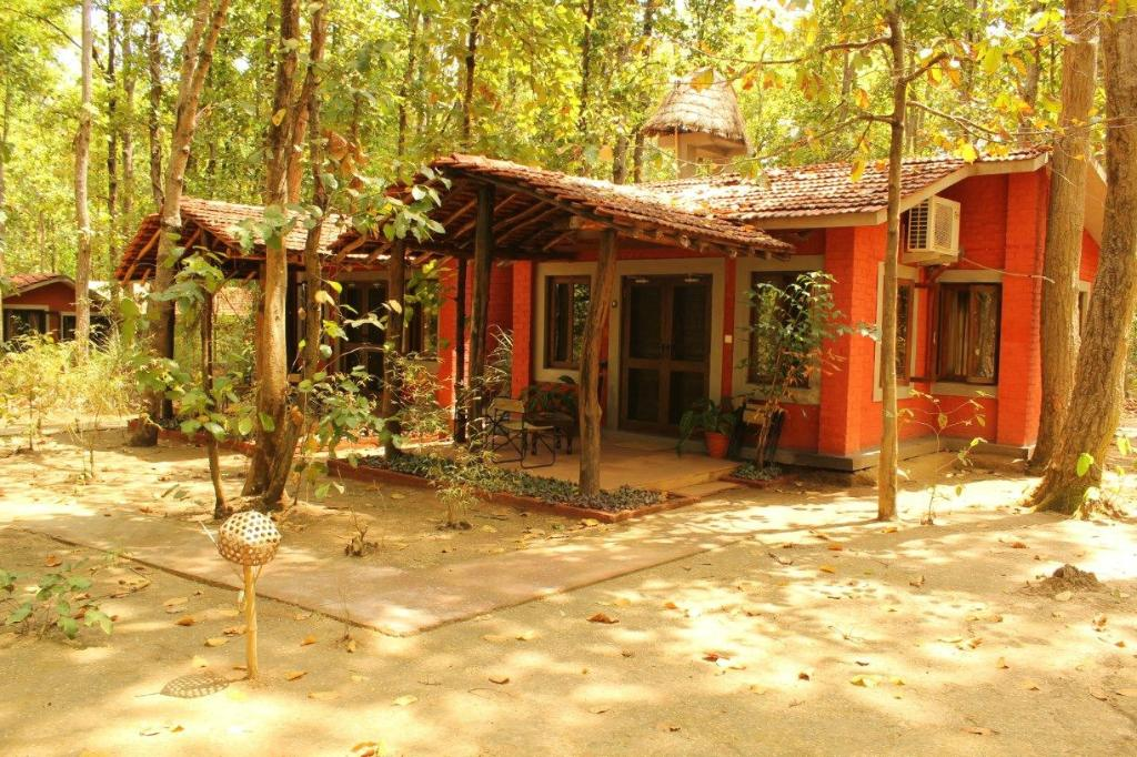 kanha jungle cottage