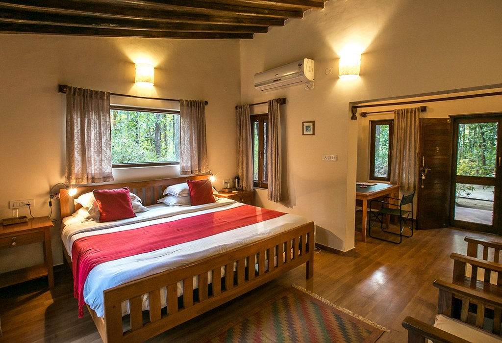 kanha jungle lodge deluxe cottage