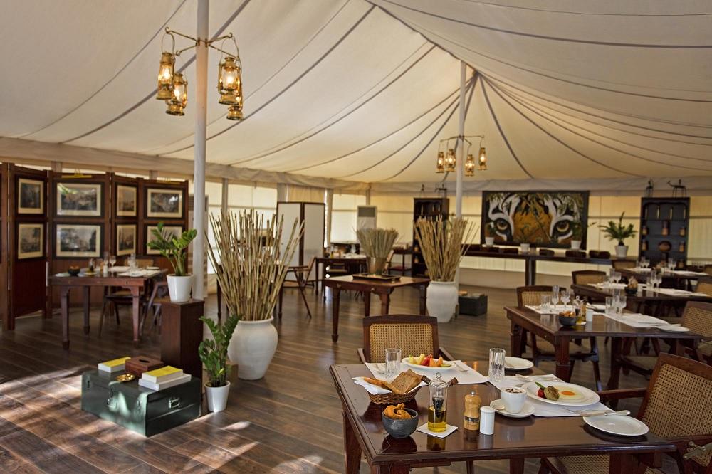 Sujan Sherbagh Resort Ranthambore Dining1