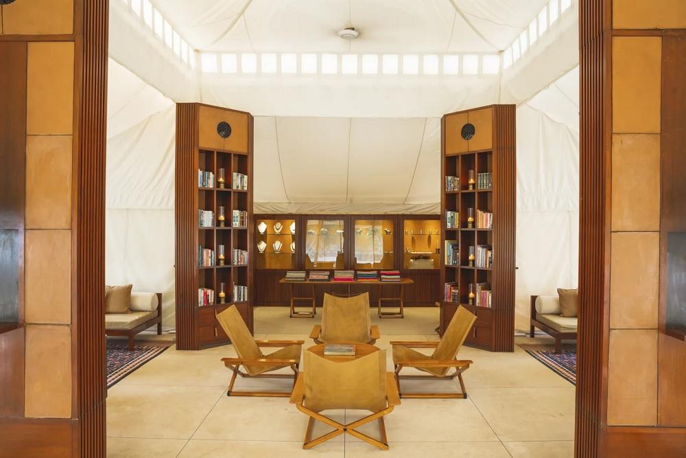 Aman i Khas Lounge