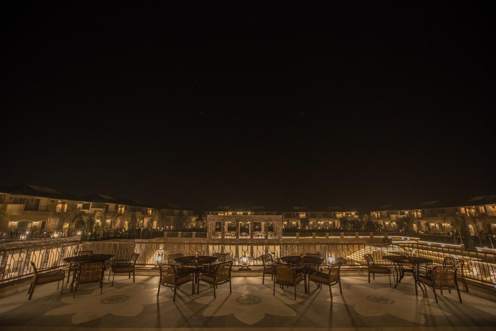 Sawai Vilas Ranthambore Roof Top Dining1