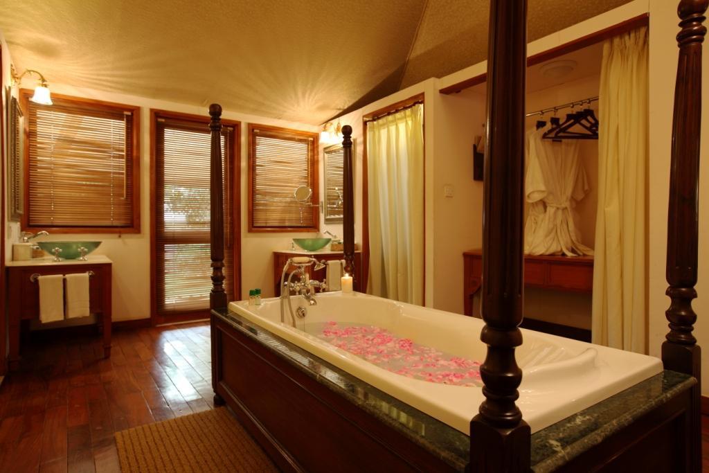 tent-bath