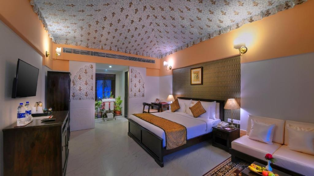 The Tigress Ranthambore Royal Cottages Room