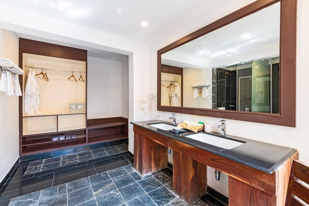 Ranthambore Kothi Regal Rooms Bathroom