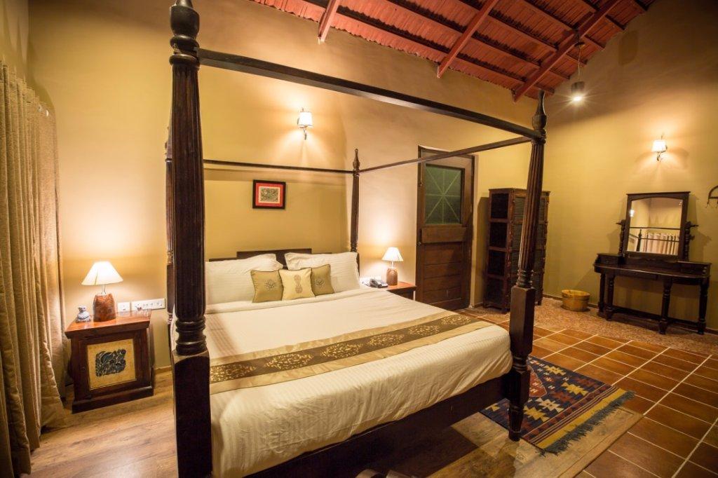 traditional-cottage-vannraj