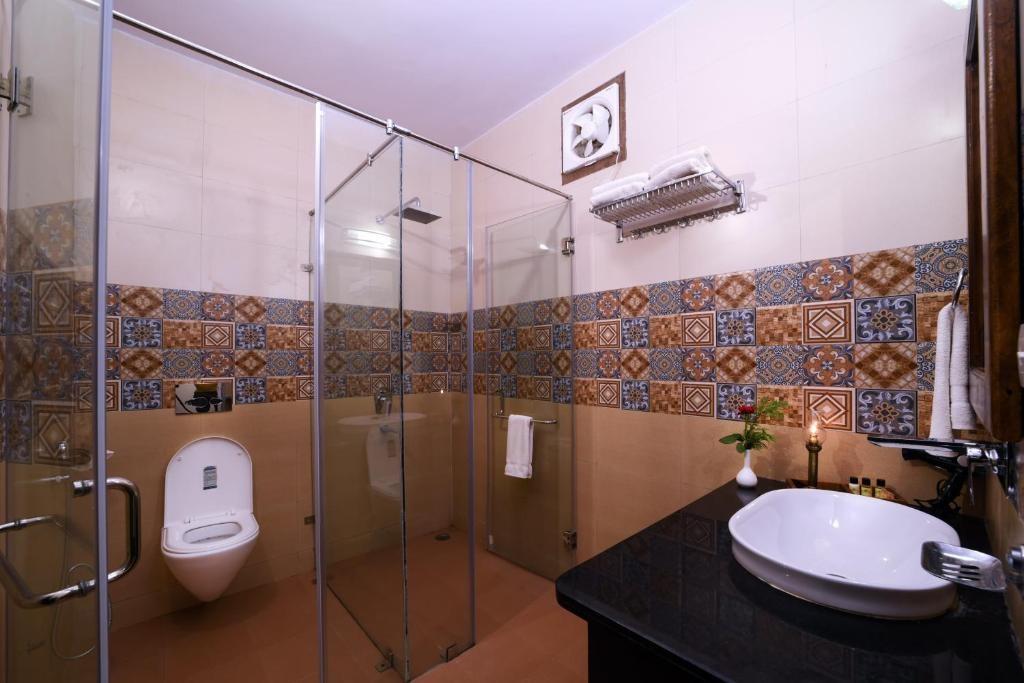 Ranthambore Heritage Haveli Cottage Bathroom