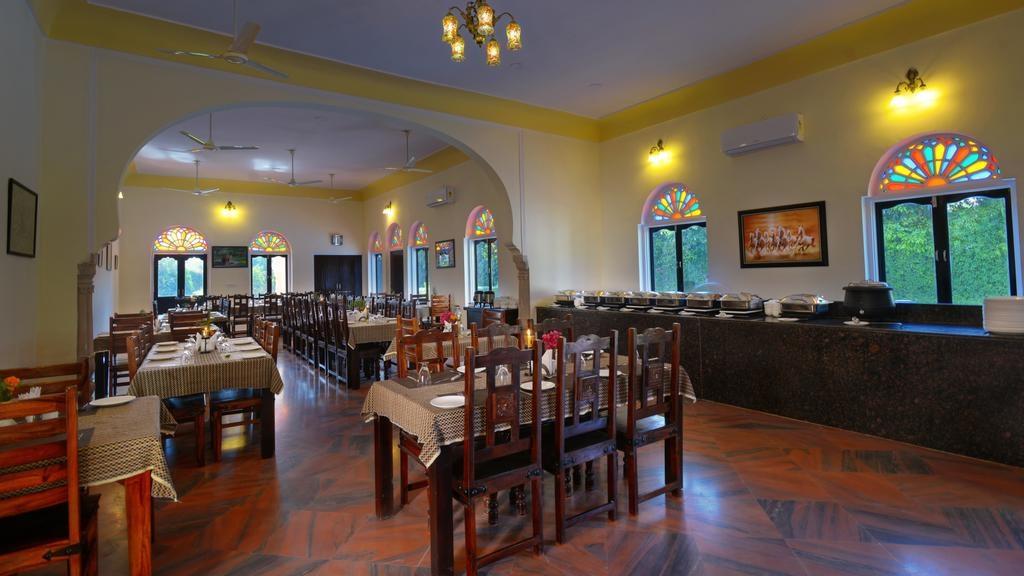 Ranthambore Heritage Haveli Restaurant Buffet