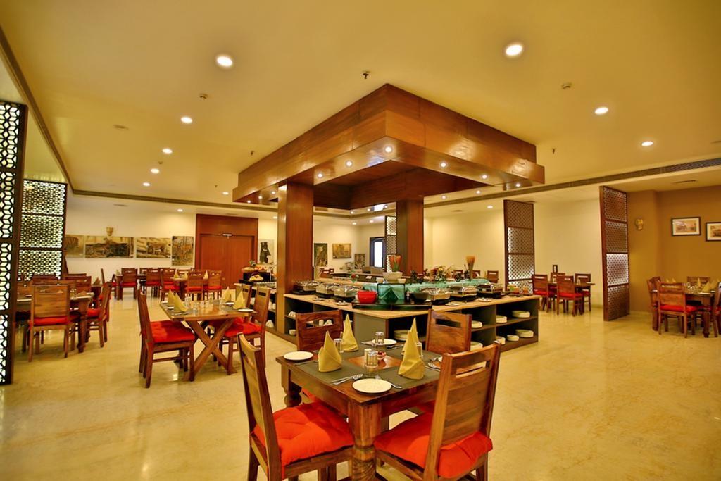 Regenta Resort Vanya Mahal Buffet
