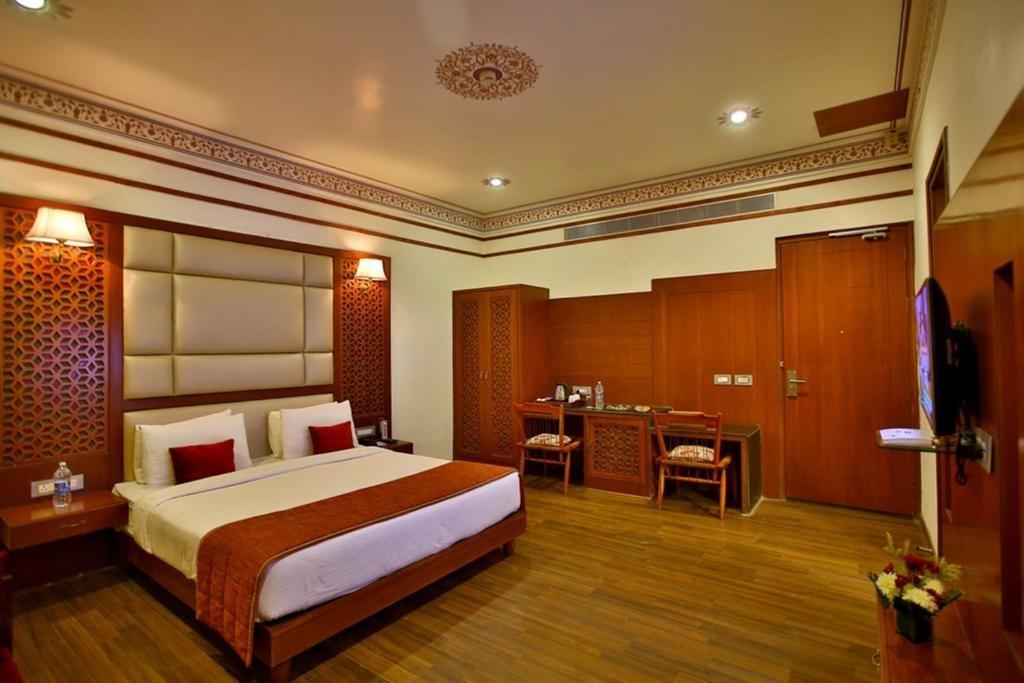 Regenta Resort Vanya Mahal Premium Room