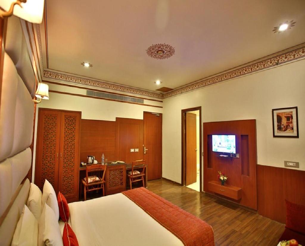 Regenta Resort Vanya Mahal Premium Room2