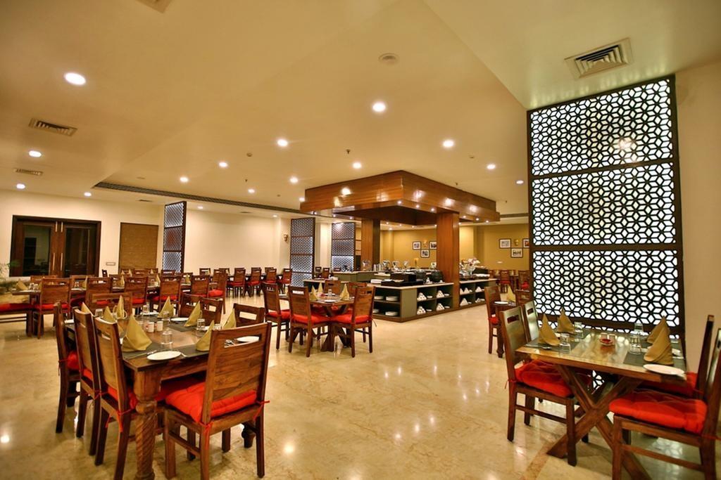Regenta Resort Vanya Mahal Restaurant