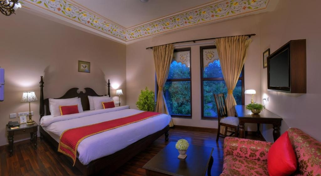 Anurag Palace Ranthambore Deluxe Room1