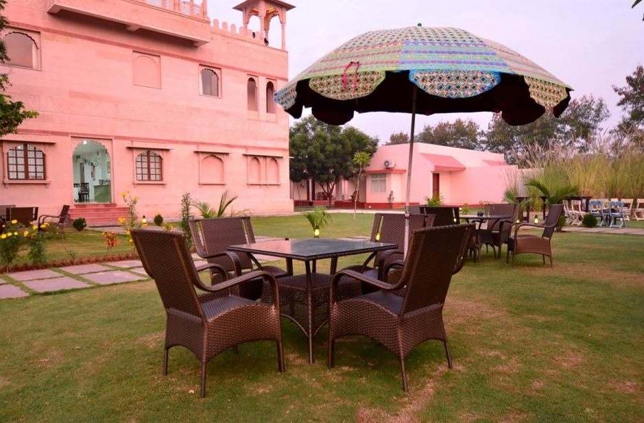 Shergarh Resort Ranthambore Outdoor Sitting