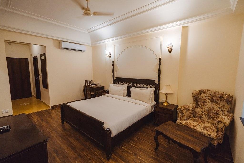 WelcomHeritage Mount Valley Resort Deluxe Rooms