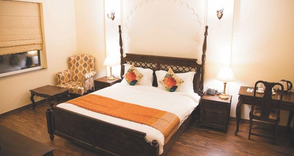 WelcomHeritage Mount Valley Resort Deluxe Rooms2