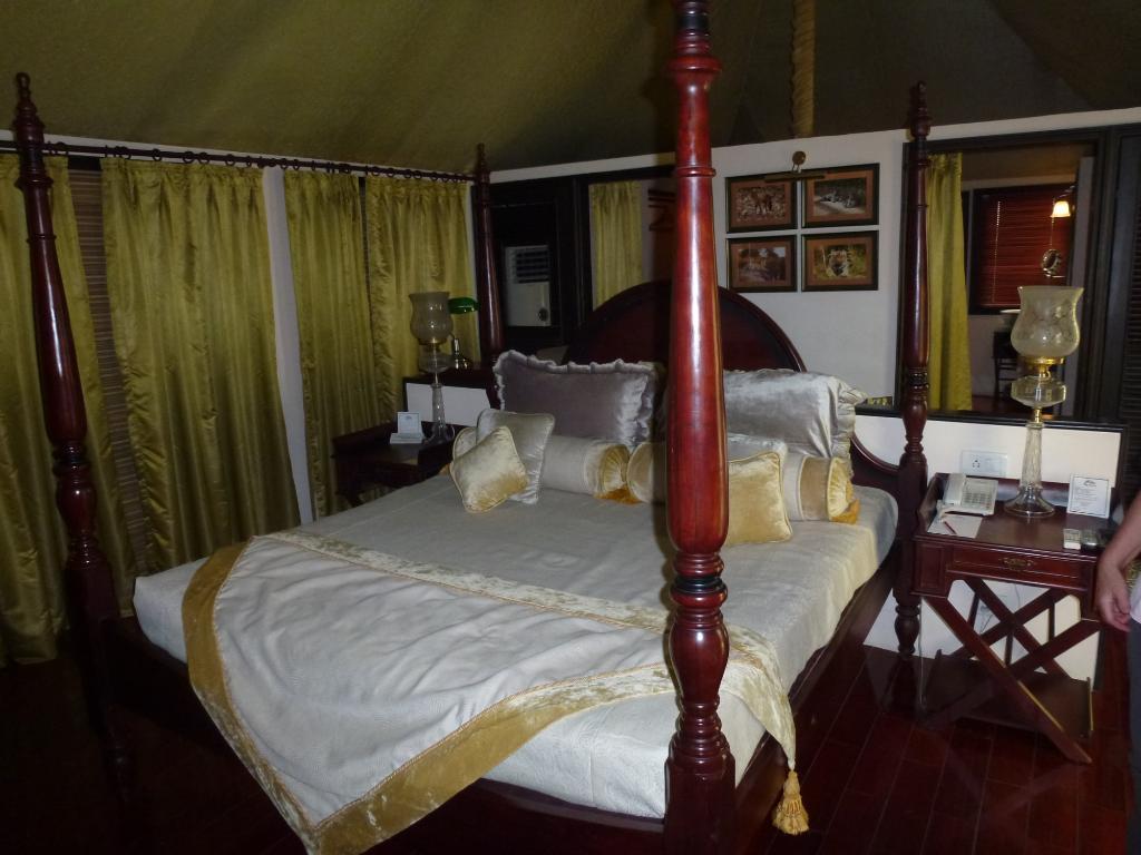 tuli-tiger-corridor-pench-tent