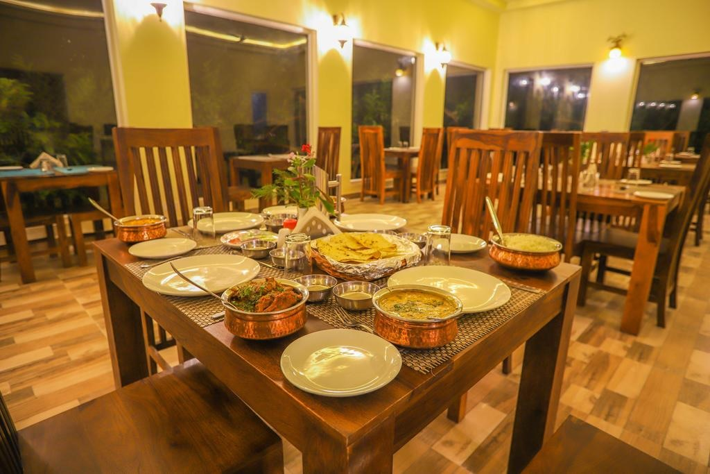 Ranthambore Tiger Inn Comfort Resort Dinner
