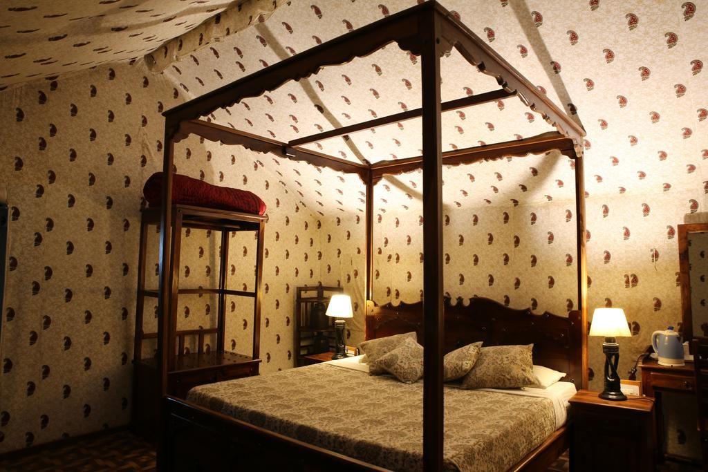 Tiger Machan Resort Luxury Camps