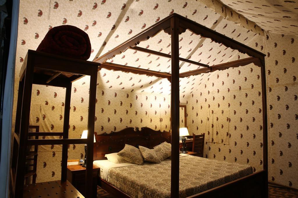 Tiger Machan Resort Luxury Camps1