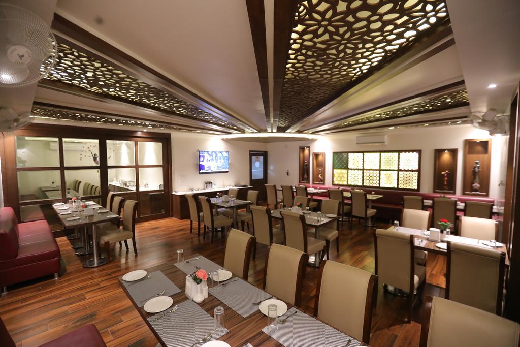 pavna-palace-restaurant