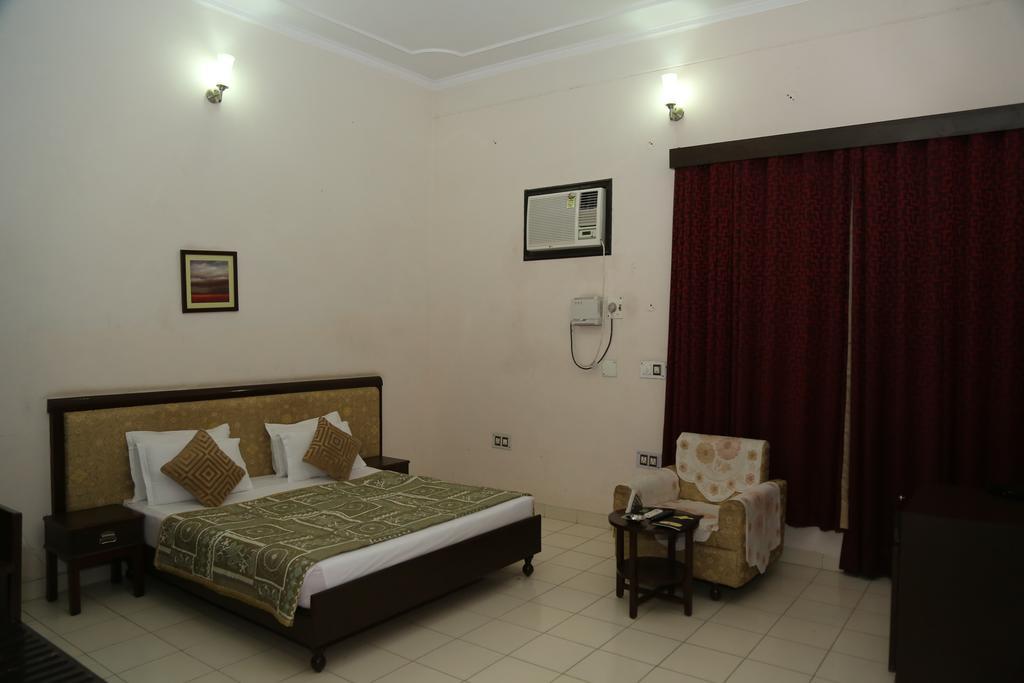gulmohar-resort-sariskarom4