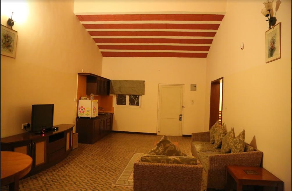 emperor-suites-2