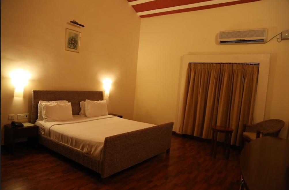 emperor suites