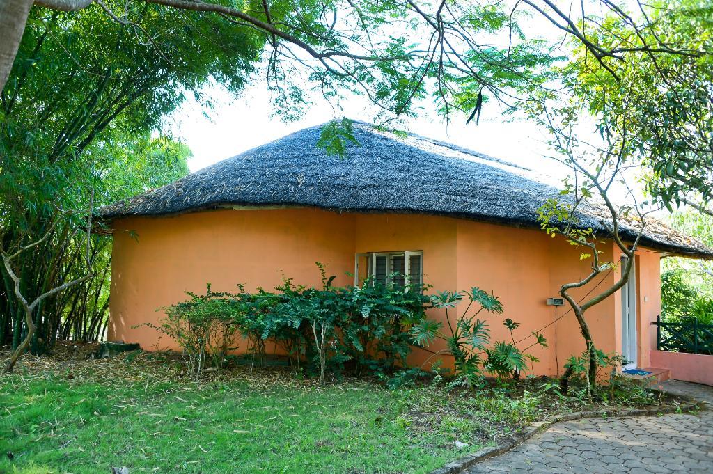 King Sanctuary cottage
