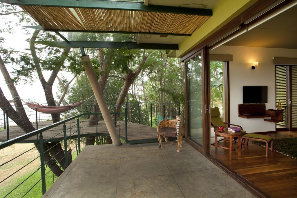 Waterwoods Lodge Kabini Balcony
