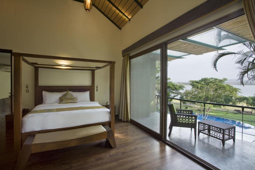 Waterwoods Lodge Kabini Family Room