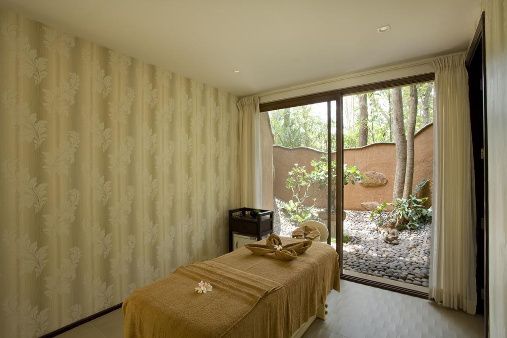 Waterwoods Lodge Kabini Spa