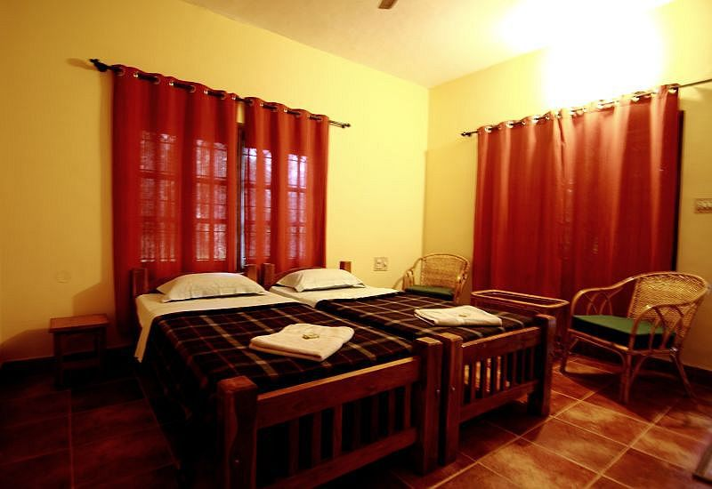 Jungle inn nagarhole room